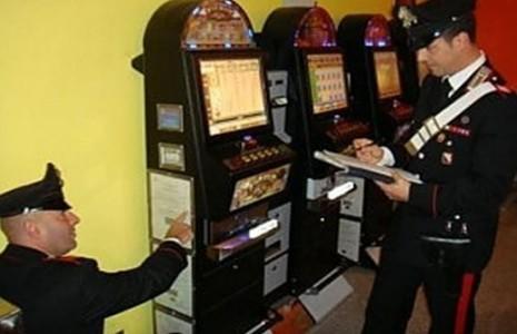 Slot machine soldi falsi