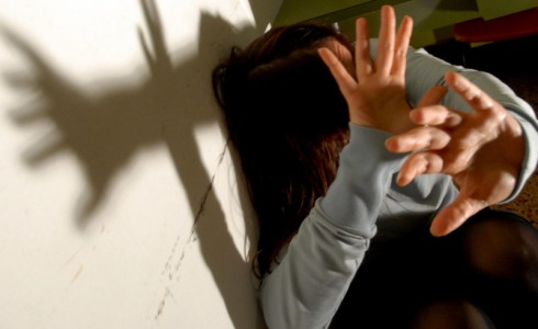 I Carabinieri hanno arrestato un 48enne disoccupato per maltrattamenti in famiglia e lesioni poichè ieri […]