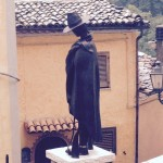 """A Roccamandolfi si passeggia nel 'Borgo dei Briganti'. Inaugurato oggi, 20 giugno, il progetto """"Passeggiata […]"""
