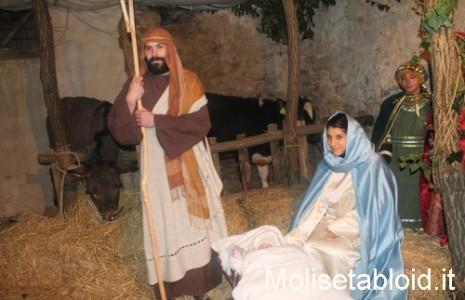 Share: Un tuffo nel passato per rivivere la nascita del bambino Gesù. La comunità di […]