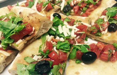 Share: Pizzando ti offre pizza al taglio, crocchette, patatine, focacce, involtini sfiziosi e altri stuzzichini […]
