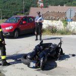 Ore 9.30. Un violento scontro frontale si è verificato poco fa tra un'auto Fiat A16 […]