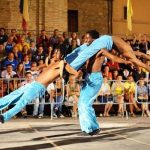 Musicisti, acrobati, giocolieri, professionisti dell'arte teatrale e di tante discipline dello spettacolo di strada provenienti […]