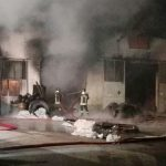 Ore 8.15. A fuoco un capannone industriale di circa 500 metri quadri adibito al deposito […]