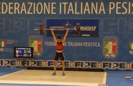Share: Osca di nuovo sul podio alle Finali Nazionali Under 17 di pesistica olimpica. Dopo […]