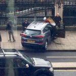 """L'Isis ha rivendicato l'attentato a Londra, attribuendolo a un """"soldato del Califfato"""". Intanto è bufera […]"""
